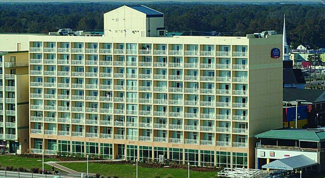 Fairfield Inn and Suites by Marriott Virginia Beach Oceanfront - Virginia Beach - Building
