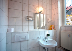 Hotel Aster - Berlin - Bathroom