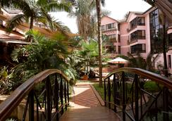 Wasini All Suite Hotel - Nairobi - Outdoor view