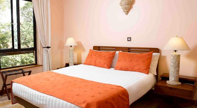 Wasini All Suite Hotel - Nairobi - Bedroom