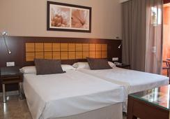 Holiday World Premium Resort - Benalmádena - Bedroom