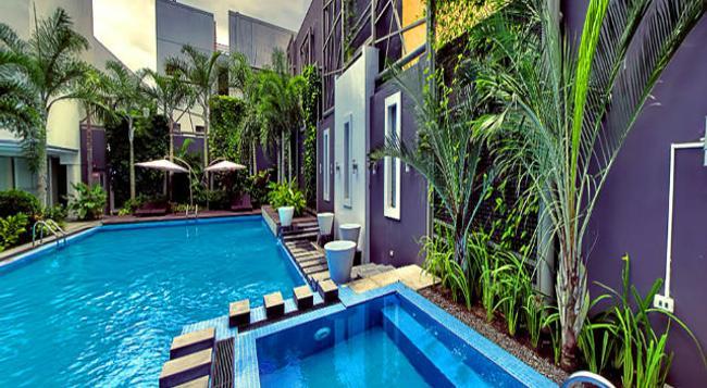 Greenleaf Hotel Gensan - General Santos - Pool