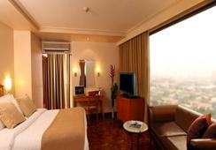 City Garden Hotel Makati - Makati - Bedroom