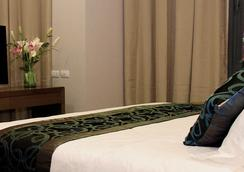 Golden Phoenix Hotel Manila - Pasay - Bedroom