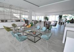 Astoria Current - Malay - Lobby