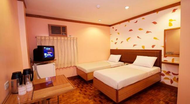 Park Bed & Breakfast - Pasay - Bedroom