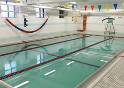Green Point Ymca - Brooklyn - Pool