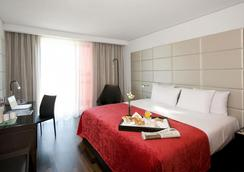 Eurostars Grand Central - Munich - Bedroom