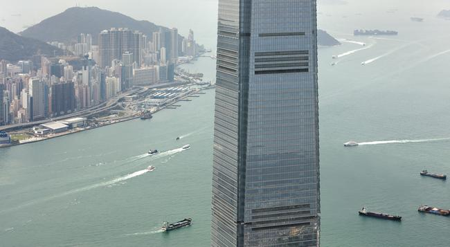 The Ritz-Carlton Hong Kong - Hong Kong - Building