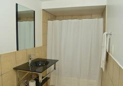 Bexon Rooms - Hotel Downtown Windsor - Windsor - Bathroom