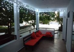 Loft 10 Hostel - Playa del Carmen - Lounge