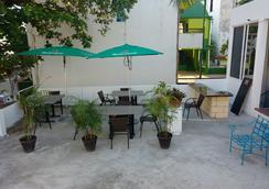 Loft 10 Hostel - Playa del Carmen - Balcony