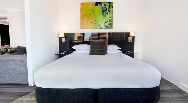 Rydges Sydney Central - Surry Hills - Bedroom