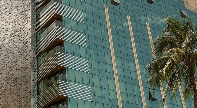 Arena Leme Hotel - Rio de Janeiro - Building