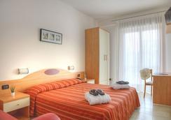 Hotel Menfi - Jesolo - Bedroom