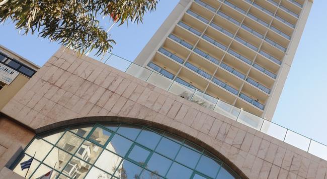 Ege Palas Business Hotel - Izmir - Building