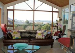 Chalet Eiger - Taupo - Lounge