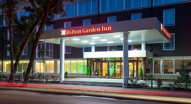 Hilton Garden Inn Kaluga - Kaluga - Outdoor view