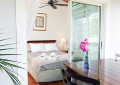 Two Sandals by the Sea Inn - B&B - Saint Thomas Island - Bedroom