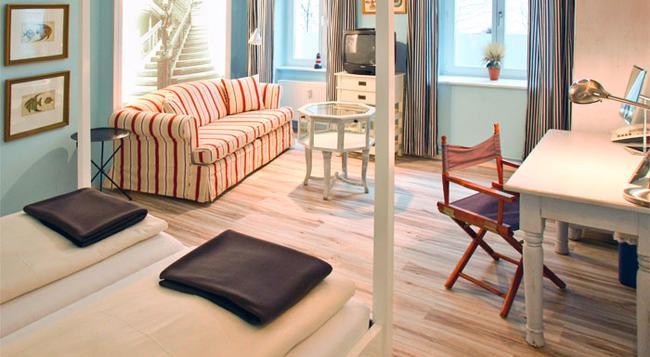 Ackselhaus & Blue Home - Berlin - Bedroom