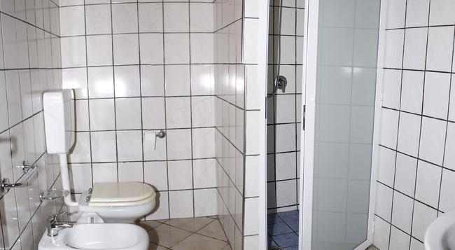 Hotel Punto Azzurro - Forio - Bedroom