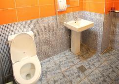 Soo Guesthouse - Seoul - Bathroom