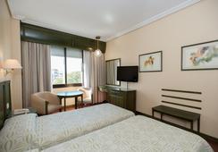 Hotel América Sevilla - Sevilla - Bedroom