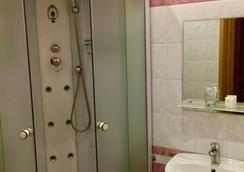 Hotel Mari - Saint Petersburg - Bathroom