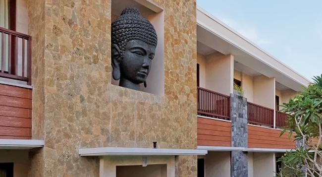 U Tube Hotel & Spa by Shailendra - Jimbaran - Outdoor view