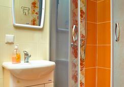 Happy Hostel - Minsk - Bathroom