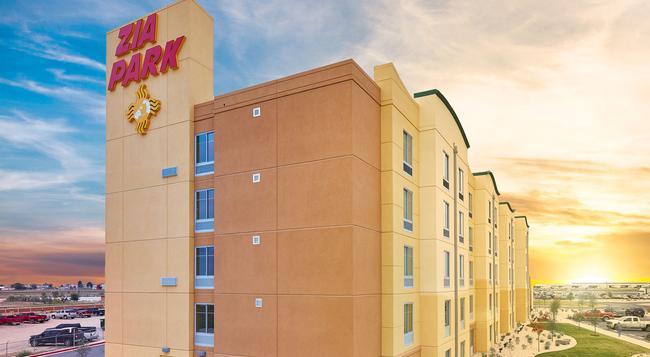 Zia Park Casino, Hotel, & Racetrack - Hobbs - Building