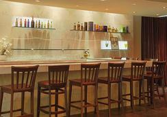 Ramada Los Angeles/Wilshire Center - Los Angeles - Bar