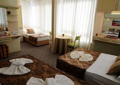 Hildegard Hotel - Alanya - Bedroom