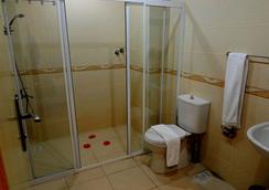 Hildegard Hotel - Alanya - Bathroom