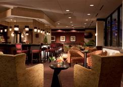 Hilton Garden Inn Austin Downtown/Convention Center - Austin - Bar