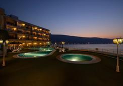 Atana Khasab Hotel - Khasab - Pool