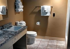 Contenta Inn - Carmel Valley - Bathroom