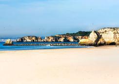 Hotel Algarve Casino - Portimão - Beach