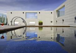 Hotel Alfonso - Zaragoza - Pool