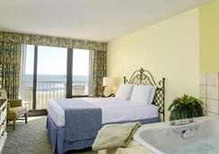 Capes Hotel - Virginia Beach - Bedroom