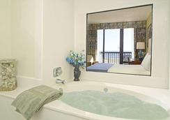 Capes Hotel - Virginia Beach - Attractions