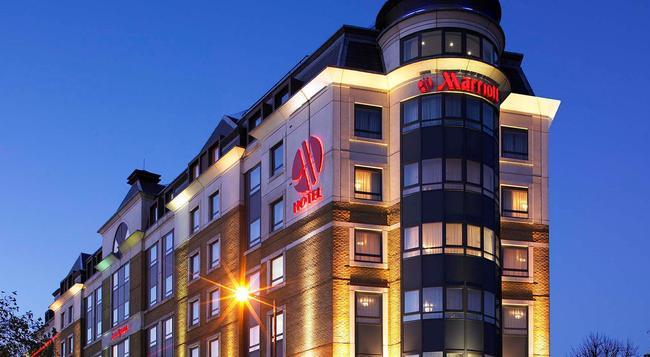 London Marriott Maida Vale - London - Building