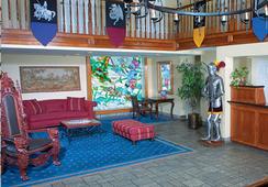 Castle Inn and Suites - Anaheim - Lobby