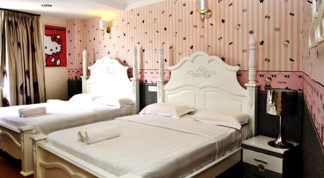 Hotel de Art Section 7 Shah Alam - Shah Alam - Attractions