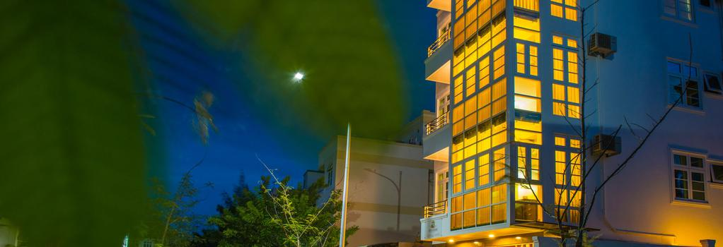 City Grand Hotel - Hulhumale - Building