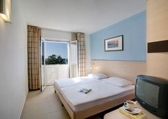 Valamar Pinia Hotel - Poreč - Bedroom