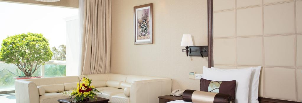 Sea Links Beach Hotel - Phan Thiet - Bedroom