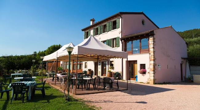 Agriturismo Casa Rosa - Verona - Building
