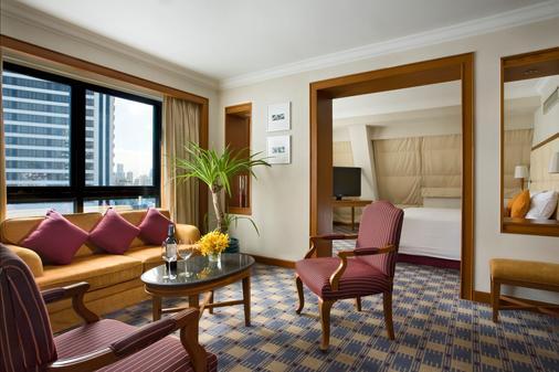 Boulevard Hotel Bangkok Sukhumvit - Bangkok - Living room