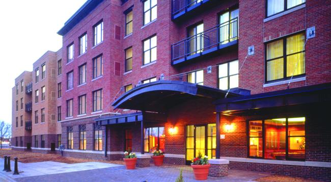 Residence Inn by Marriott Minneapolis Downtown at The Depot - Minneapolis - Building